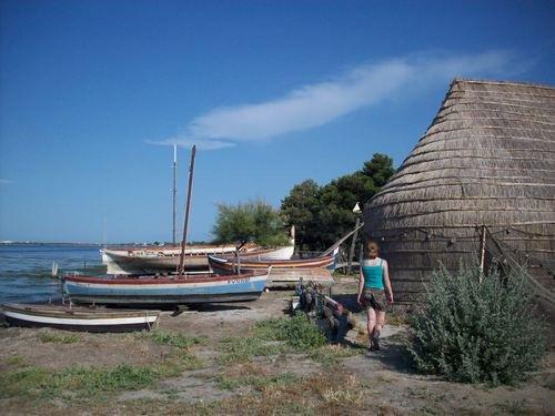 Casote de pécheurs et barques catalanes